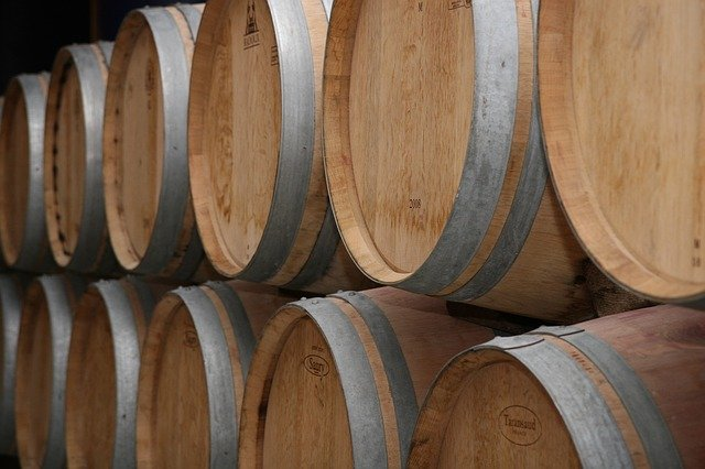 tonneau de vin à Bordeaux pour le vieillissement en fût